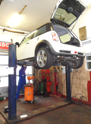 Specialist BMW Servicing and MOT Station Edinburgh